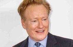 Conan O'Brien und die Ohrfeige von Sophie Turner