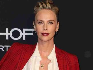 Charlize Theron - 25th Annual ELLE Women In Hollywood Celebration