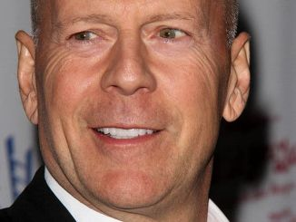 "Bruce Willis - Opening Night of Bette Midler in ""I'll Eat You Last: A Chat With Sue Mengers"" - Arrivals"