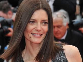 Chiara Mastroianni: Mamas Erfolg spät erkannt! - Promi Klatsch und Tratsch