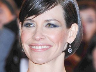 """Evangeline Lilly - """"The Hobbit: The Battle of the Five Armies"""" World Premiere"""