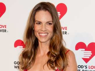 Hilary Swank: Frauenfeindliche Gagen in Hollywood - Promi Klatsch und Tratsch