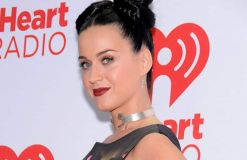 Katy Perry mag unechte Wimpern