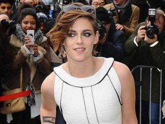 Kristen Stewart - Chanel Show Arrivals