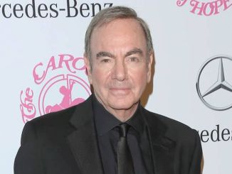 Neil Diamond - 26th Anniversary Carousel of Hope Ball
