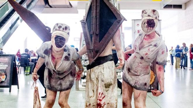 Pyramid Head and Nurses cosplay floor