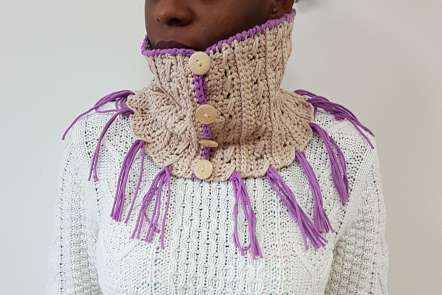 Cozy Crossed Cowl