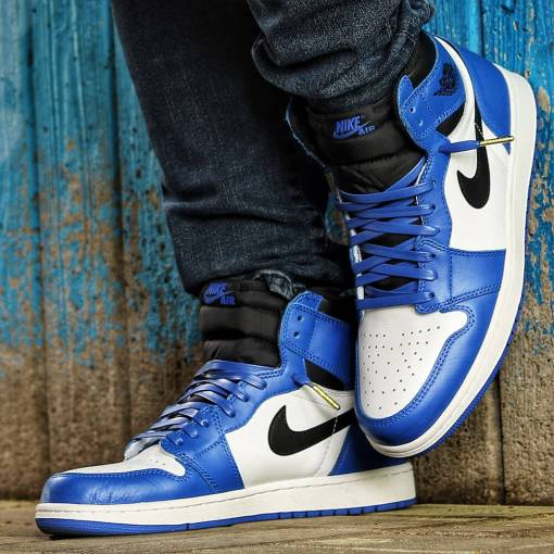 luxury royal blue leather laces in jordan 1s 2