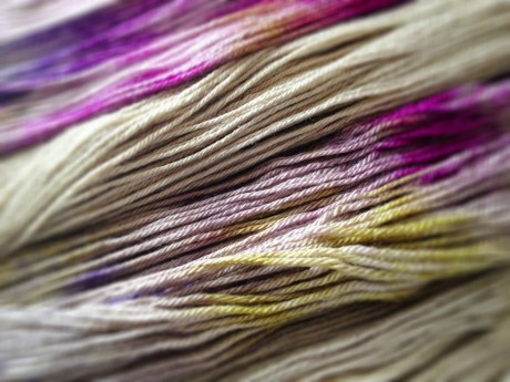 Splashes of colour on Skein Yarn in Fig