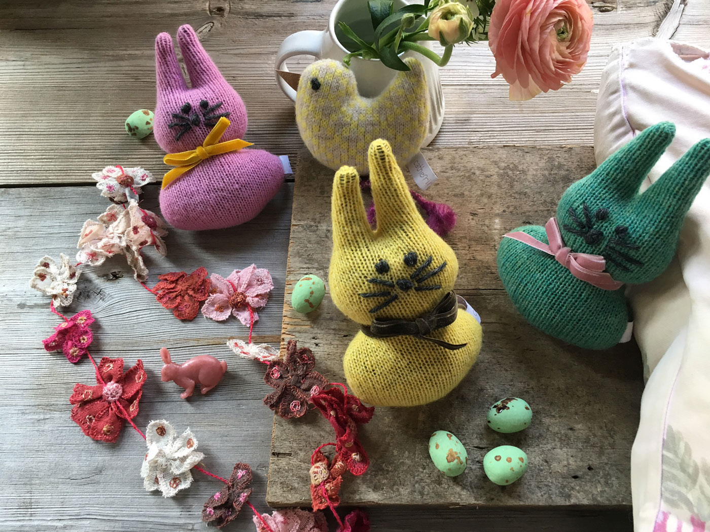 Easter Treats from Loop – and a Free Pattern!
