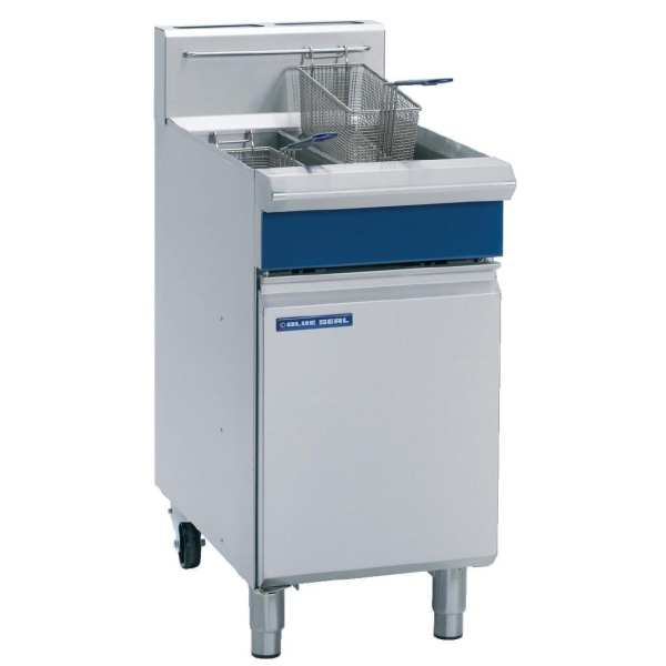 Blue Seal Evolution Vee Ray Twin Tank Fryer Nat Gas - 450mm (Direct)-0
