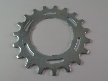 "Maillard Helicomatic Freewheel ""SHA"" 5,6, and 7 speed 19T Cog"
