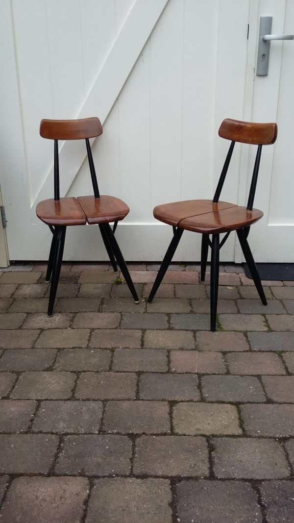 Twee Prikka stoelen Ilmari Tapiovaara