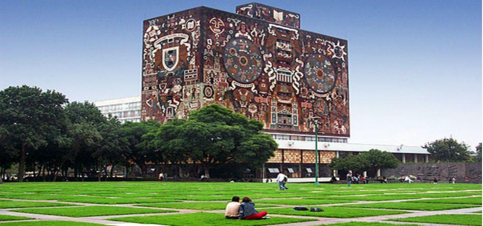 La UNAM es la mejor universidad de México en el sitio 334.