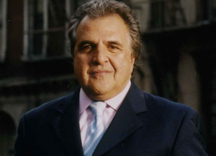el presidente de 20th Century Fox, Jim Gianopolus