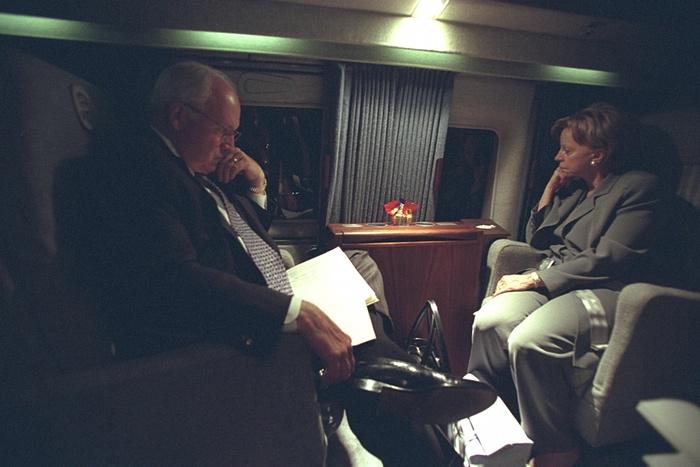Los Cheney son trasladados a Camp David. Foto de Archivos Nacionales de EE.UU.
