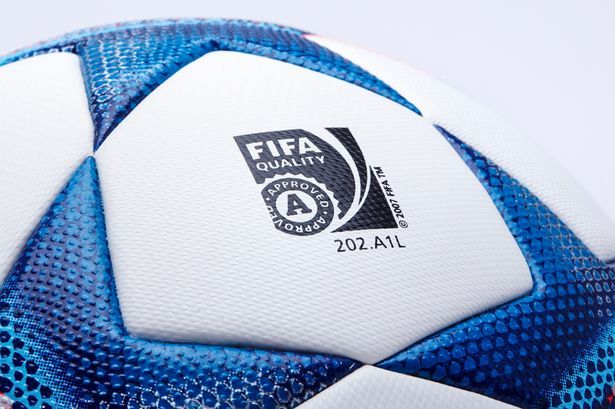 Adidas-Finale-15-Champions-League-Official-Match-Ball (2)