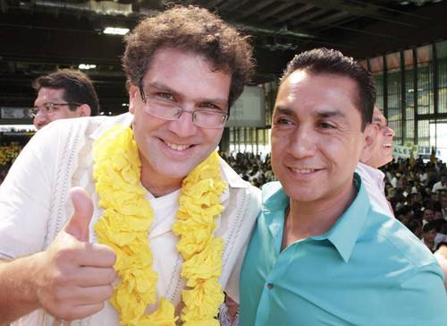 Armando Ríos Piter apoyó la candidatura del ex alcalde de Iguala