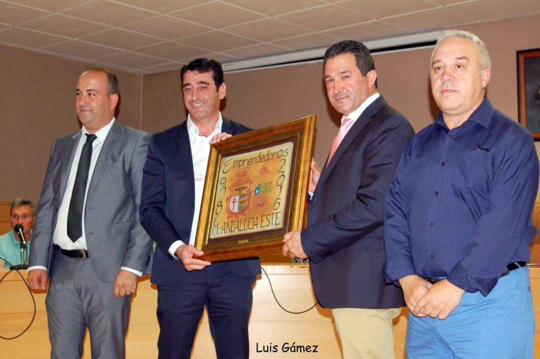 Entrega Premio emprendedores 2.016 a Instalaciones Negratín