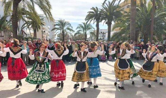 Intercambio folclórico con la isla de Ibiza