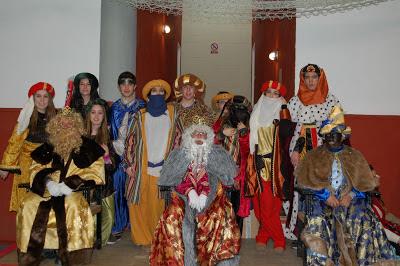 Los Reyes Magos llegan esta tarde al Salón Social