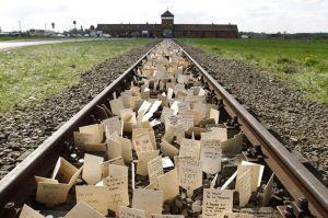 Auschwitz.loquesomos