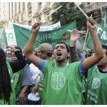 Argentina: Convocan paro de 24 horas por despidos masivos