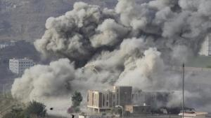 asesino- saudíes-contra-yemen-LQSomos