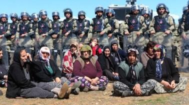 mujeres-kurdas-lqsomos