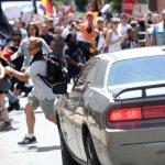 Charlottesville: ¿enfrentamiento entre radicales? o 'Terrorismo NEONAZI'