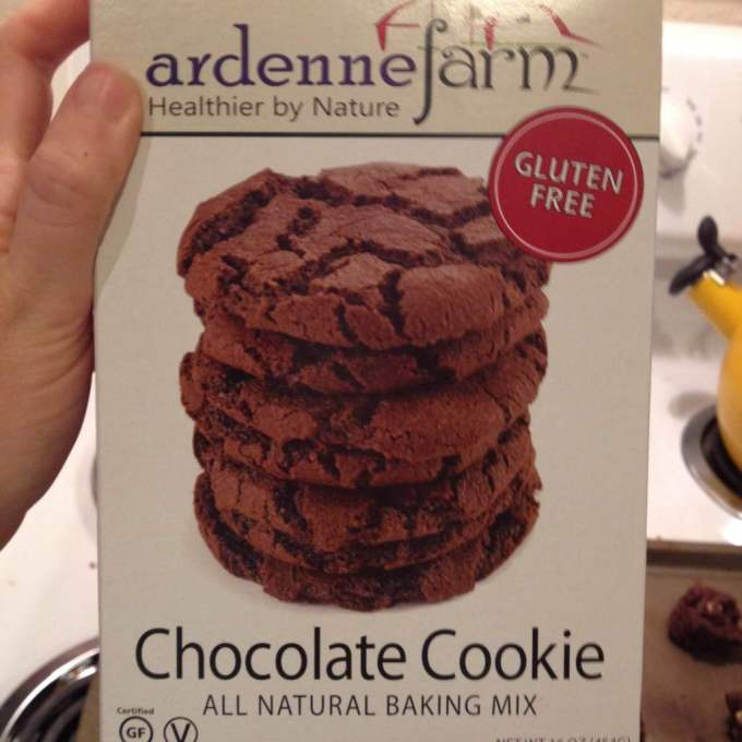 ardennefarm-chocolate-cookie-lora-hogan