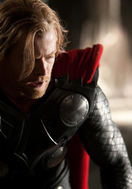 First Photo of Chris Hemsworth as Thor