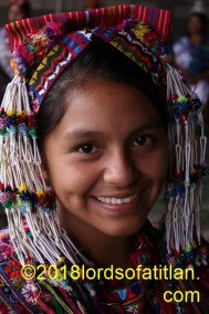This young woman epresented Sumpango Sacatepéquez and therefore speaks kaqchiquel. Sumpango also celebrates San Agustín.