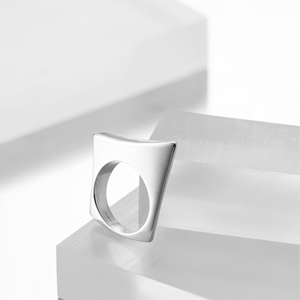 Sterling Sailboard Ring