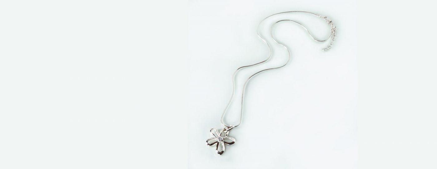 Carly's Flower Pendant