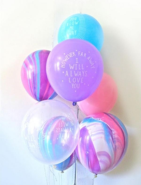 Catbird_Balloons