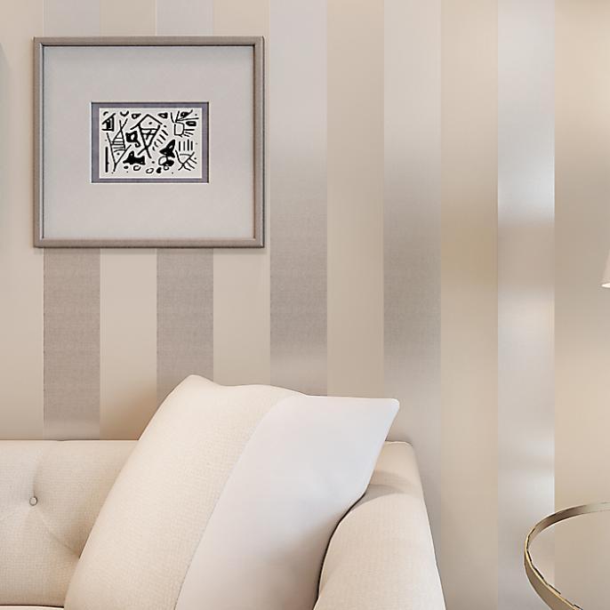 3 pareti a righe in camera da letto; Con Una Riga In Piu Cambia Tutto Lorenzelli Arredamenti