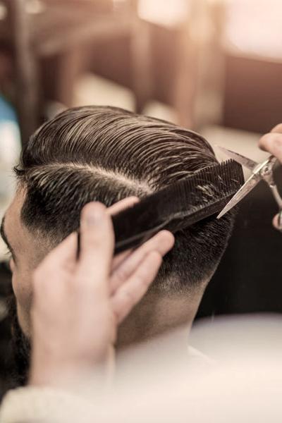 Lorenzo-Belardi-Hairdresser-taglio-per-uomo