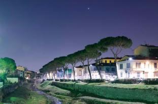 Vista di Firenze di notte
