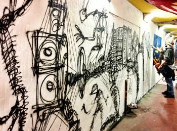 graffiti-a-firenze-piazza-delle-cure-mentre-li-fanno