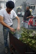 Mercato di Catania - Carciofi alla griglia