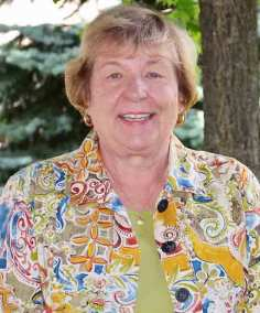 A biography and photo of Vicki Schwartz SL, a member of Loretto's Executive Committee and Community Forum.