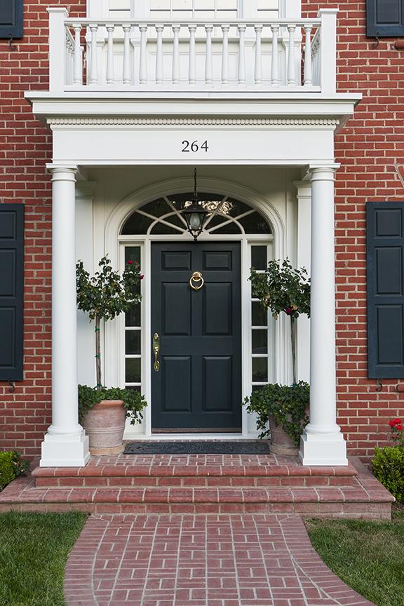 Lori Dennis Interior Design SoCal Contractor Lake Sherwood Front Door