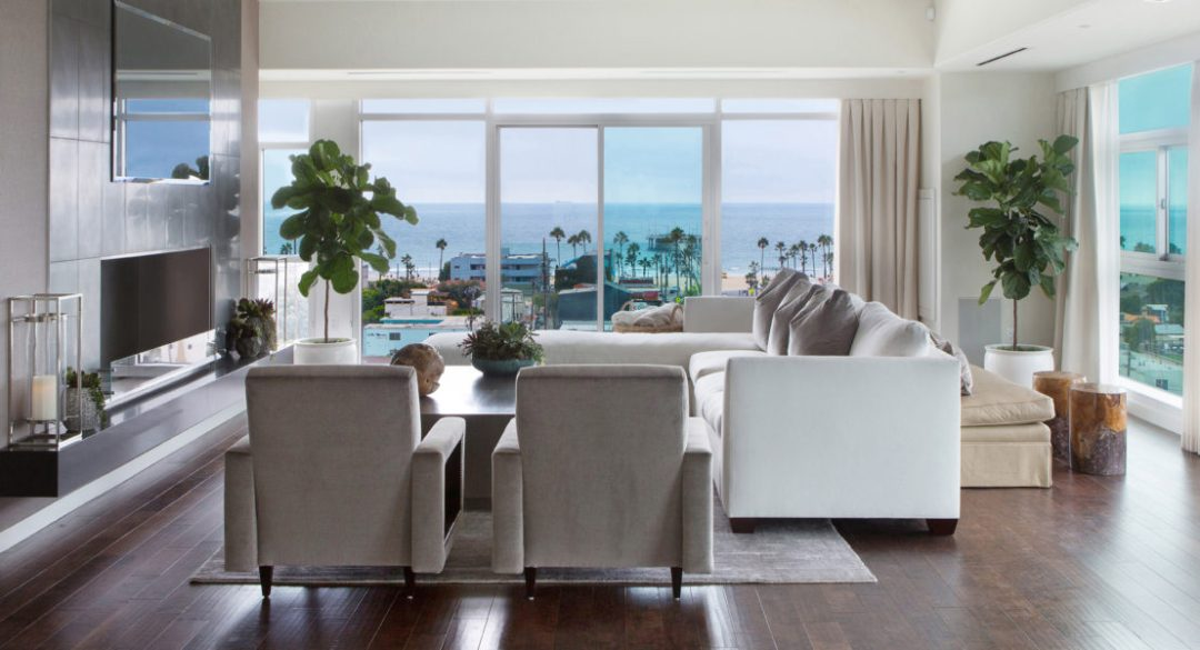 1-lori-dennis-interior-design-bond-beach-living-room-1