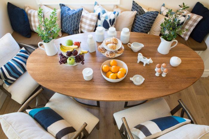 14-lori-dennis-interior-designer-villa-del-sur-breakfast-room