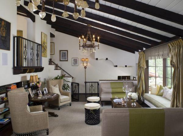 lori-dennis-living-room-pantone-color-year-2017-greenery