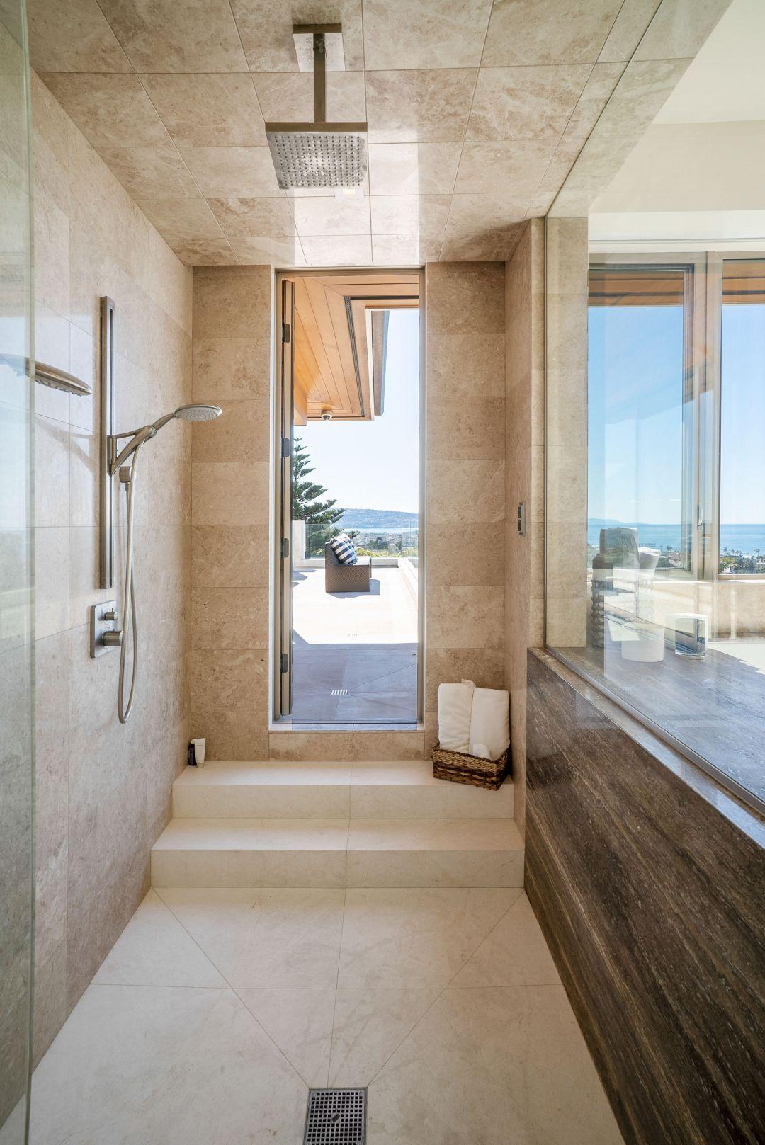 Manhattan Beach indoor outdoor luxury shower