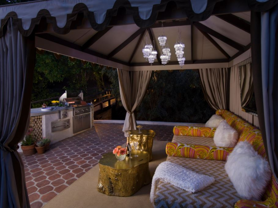Ultimate Outdoor Kitchen and Backyard Lounge