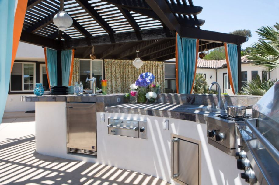 What to Include in an Outdoor Kitchen