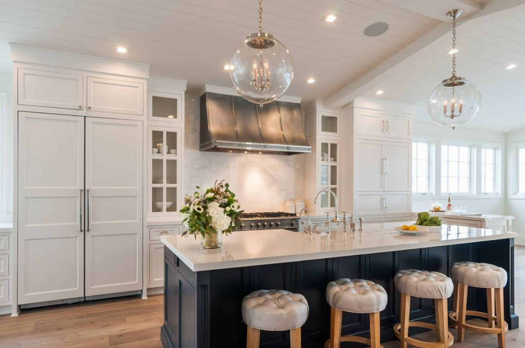 Conserve Water with Kitchen Plumbing Features